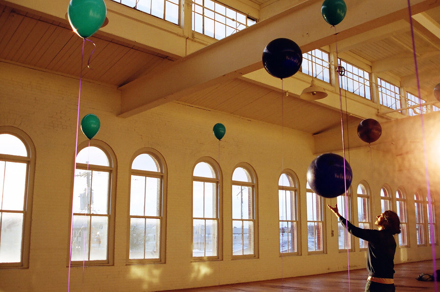 Present inspiring contemporary art in Portland, OR