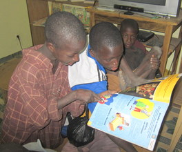 Talibe children discovering reading