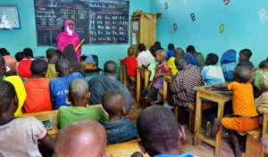 Teacher Aida with her talibe class