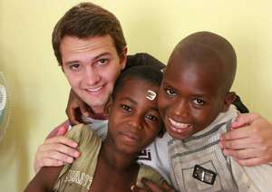 Tommaso with talibe children