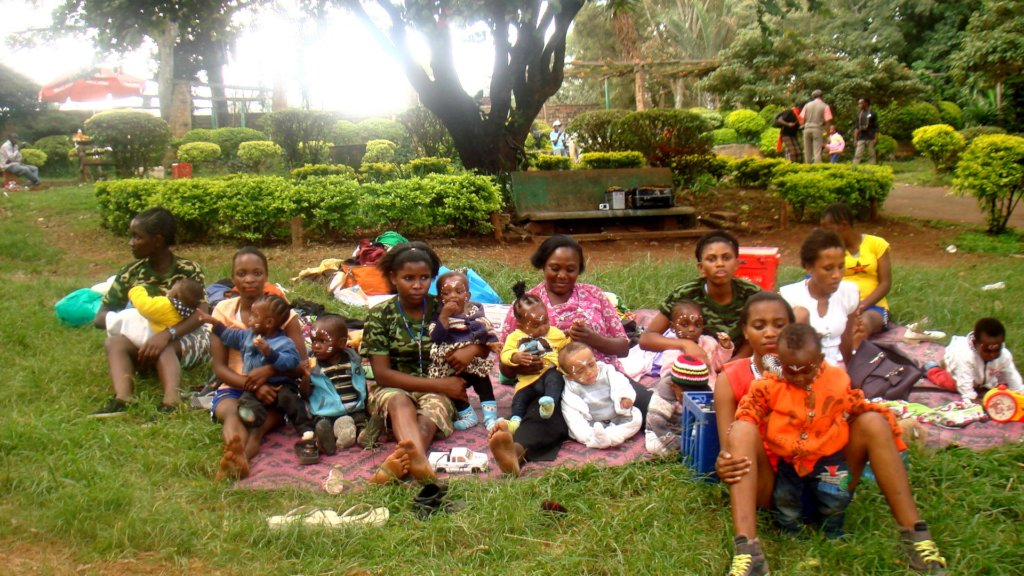 Care for babies & empower young mothers in Nairobi