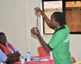 Demonstrating family planning method