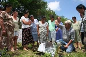 The Hot Pot builds community
