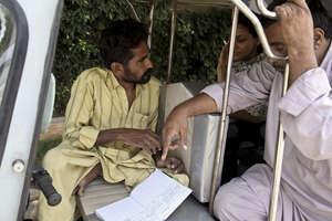 Team meeting in the rickshaw