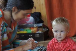 Sasha with her older daughter