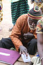 Vaccination man preparing vaccines