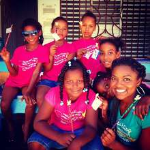 Johannil with her students