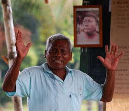 Maijuna leader at FECONAMAI congress in 2009