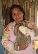 Campesina artisan Doris and her pet sloth