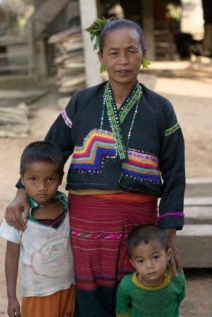 Promote understanding of ethnic cultures in Laos