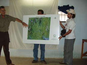 explaining the map at a workshop