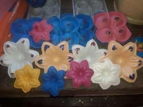 Maralexia's flower crafts.