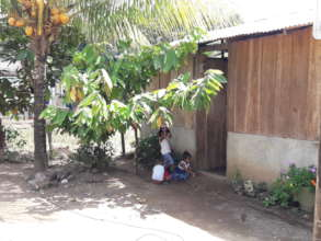 Children playing in Boca de Sabalos.