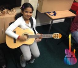 Happy Guitars for Kids Student