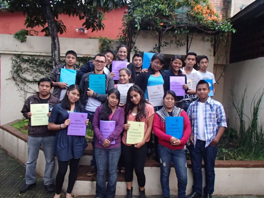 Provide a Critical-Thinking program for 40 teens