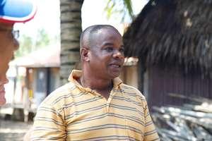 Parent Ben O'Solomon Speaks to School Visitors