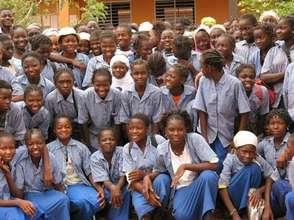 Girls of the College Modern de l'Amitie
