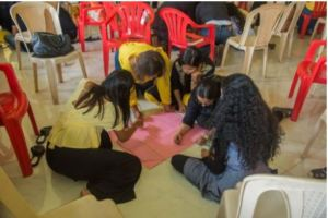 A volunteer ideation session during training