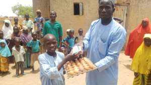 Distribution of wash materials and palliatives