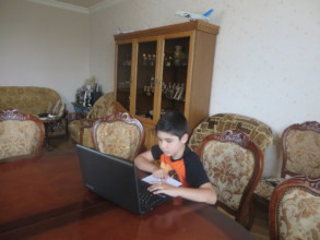 Children during online classes-1