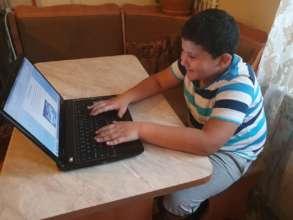 Children during online classes-2