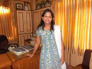 Help entrepreneurs in India start businesses.