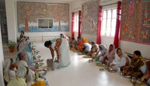 meal time for resident and non resident widows