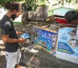 Outreach in a fishing community. (L. Culzac)