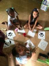 Kids learning about footprints