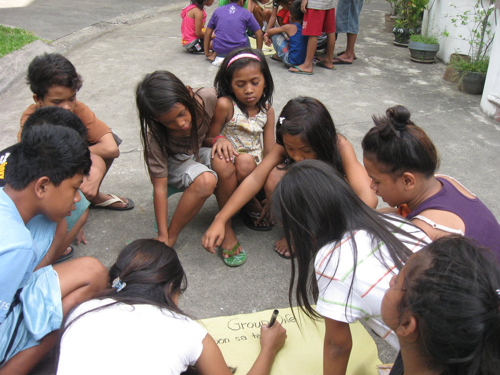 To help more street children to help themselves