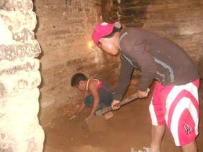 Preparing floor in San Pablo