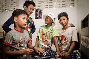 Tiny Toones DJ class