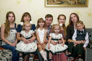 Little sisters Dasha and Masha