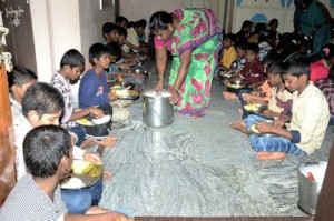 orphanage in kurnool serving meal to the orphans