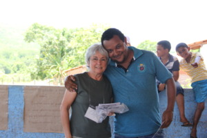 Eliana and a volunteer of the libraries