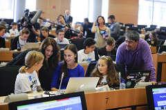 Kids teaching the adults how to code @ EUDojo!
