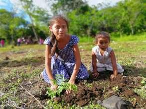 Nicaraguan children planting their future