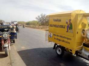 Mobile library on the road to Hounde