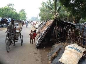Stranded people on the road to Olanda Sargan