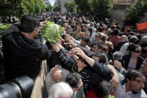 GREECE FACES HUNGER IN 21th CENTURY!