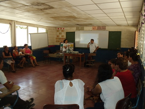 Training session with stove beneficiaries