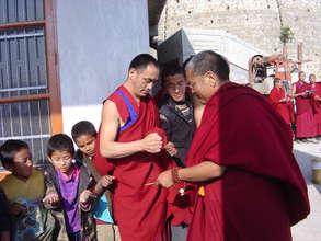 Essential Oils to Improve Tibetans' Health