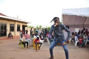 CFYDDI Still Entertainment group performing