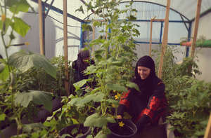 Benefit of rooftop gardens reaches young women too