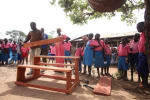 RtL delivers desks to school in Magwi