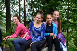 Y4Y delegated participants: Tanya (1 on the left)