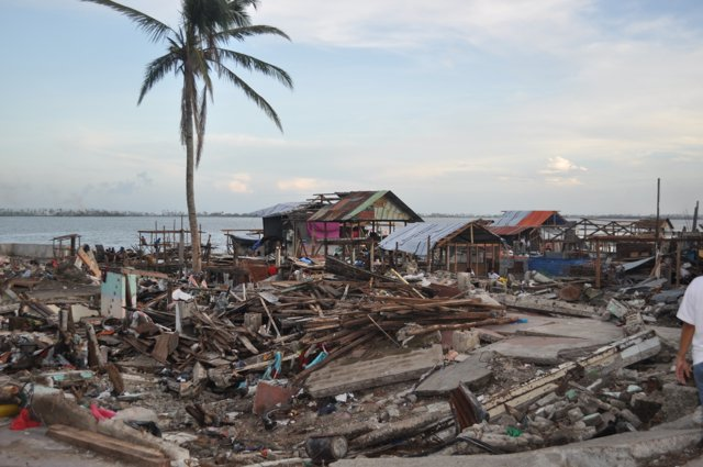 Help Families Recover from Typhoon Haiyan