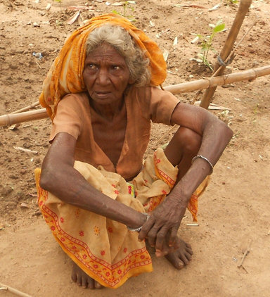 Immediate Need a Warm Blanket for a Old (India)