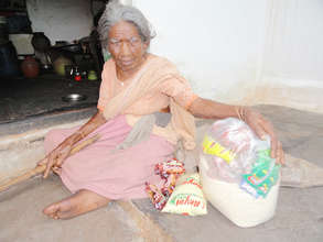ngo in india sponsoring food donation to elderly