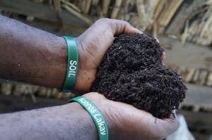 SOIL compost, Konpos Lakay!
